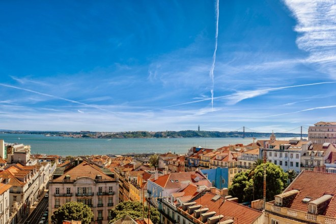 view-from-terrace-BA-at-bairro-alto-hotel-lisbon-conde-nast-traveller-17may16-pr_1080x720